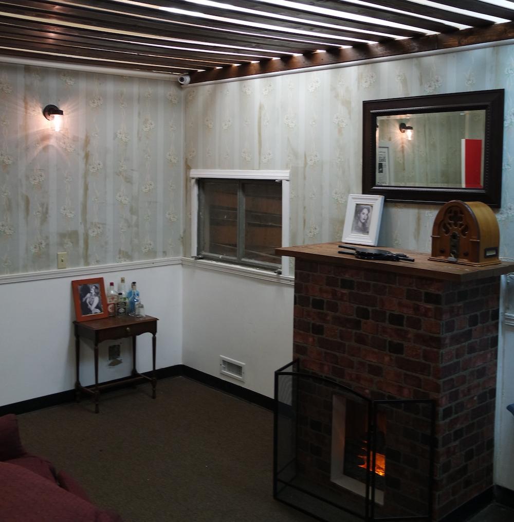 Room escape artist captured la starlet killer review for Small room escape 12