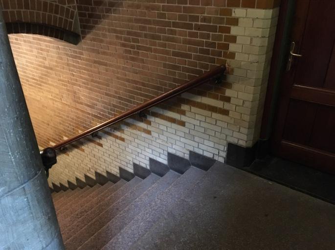 In-game: A beautiful brick stairwell in the Beurs van Berlage.